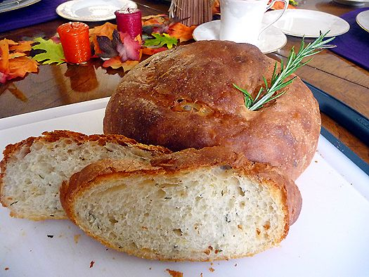 Potato Rosemary Bread - Bought a loaf of this bread at a deli in ...