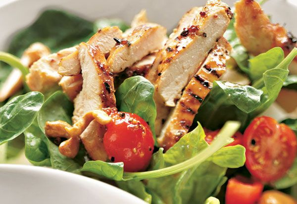 Grilled Chicken, Spinach and Cashew Salad with Honey Mustard Dressing ...