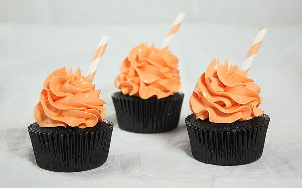 photo of Chocolate Pumpkin Spice Cakes decorated with orange-tinted ...
