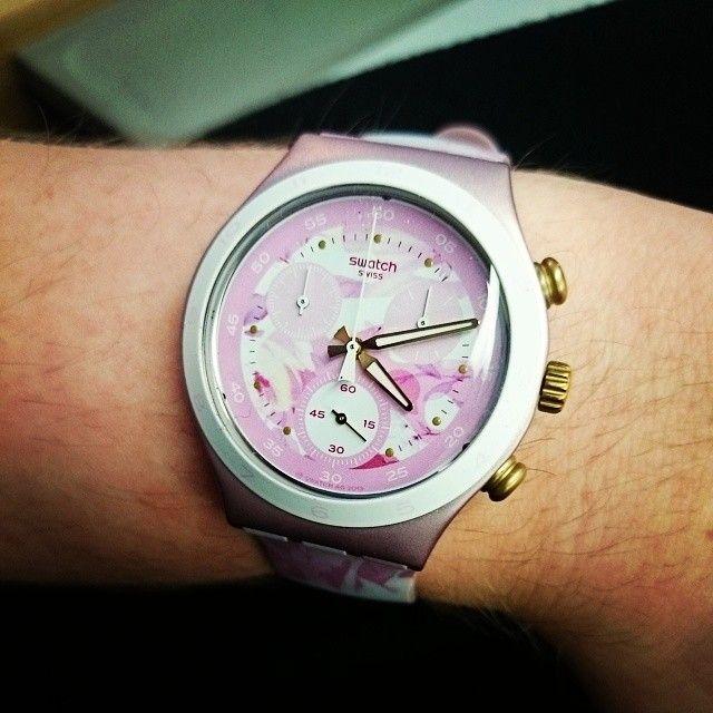 #Swatch ROSE JUNGLE http://swat.ch/1oMtm33