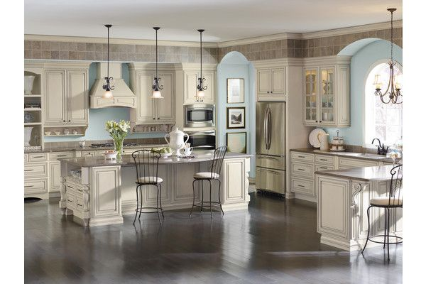 Kitchen Cabinets Wood Flooring Classic Style Diamond Kitchen Cabinets