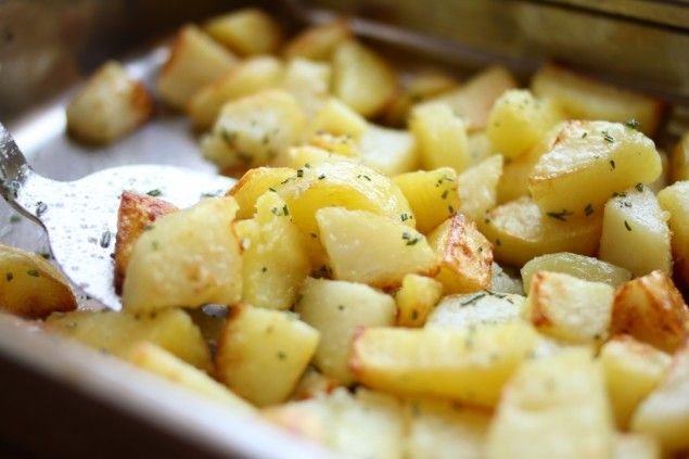 Rosemary Sea Salt roasted potatoes | Food & Drink | Pinterest