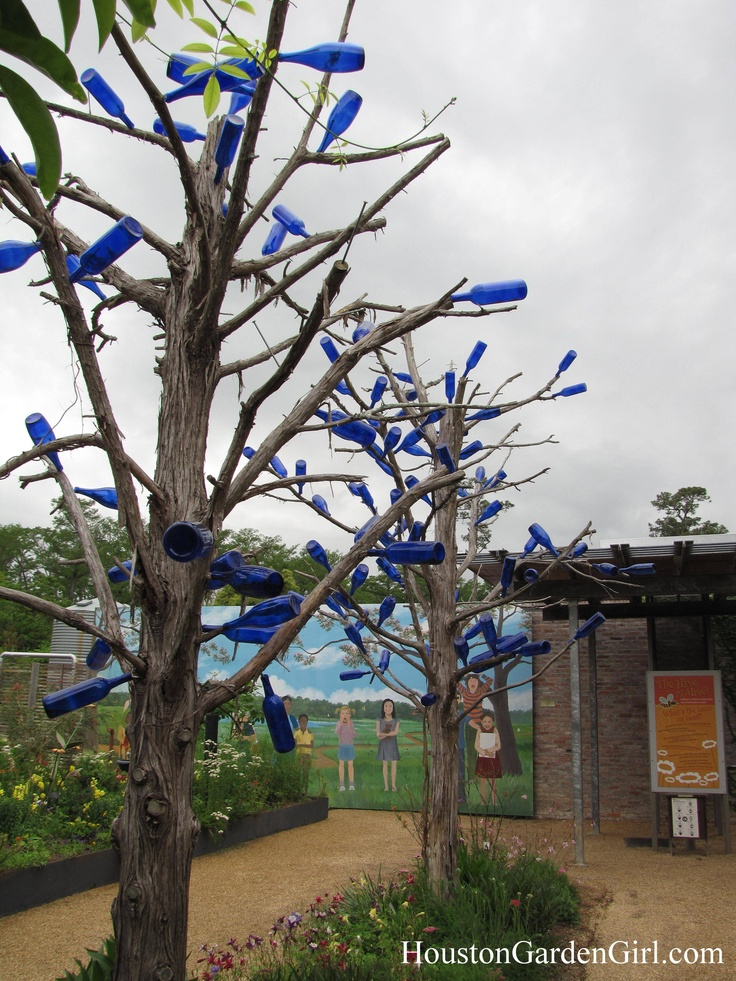 Pin By Robbyn Smith On Bottle Trees Pinterest