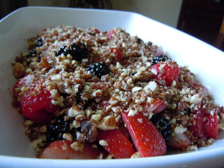 Raw Berry Crisp | 2013 Plant-Based Low Oil | Pinterest