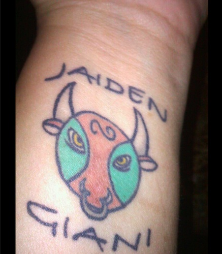 13 meaningful tattoos parents got to honor their kids photos for Tattoo ideas to honor children