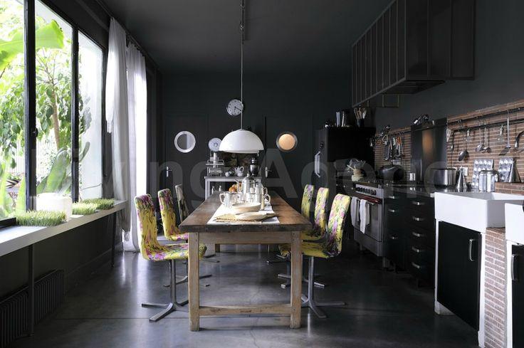 couleur noir et fonc a 22 entre pure et accumulation. Black Bedroom Furniture Sets. Home Design Ideas