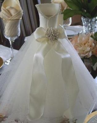 Wedding dress centerpiece moh album pinterest for Wedding dress vase centerpiece