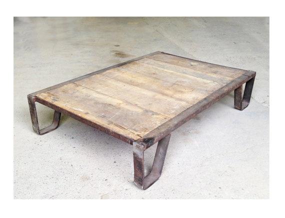 Vintage Industrial Coffee Table Pallet