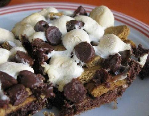 Gimme s'more brownies, please? | Chocolate | Pinterest
