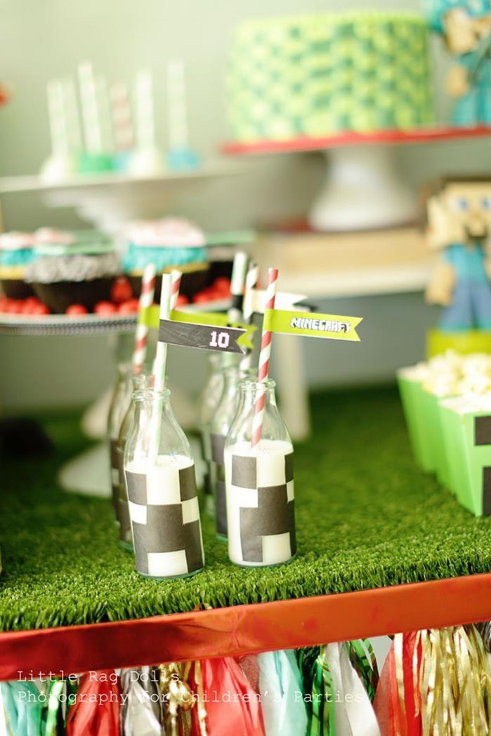minecraft party ideas supplies decorations. Black Bedroom Furniture Sets. Home Design Ideas