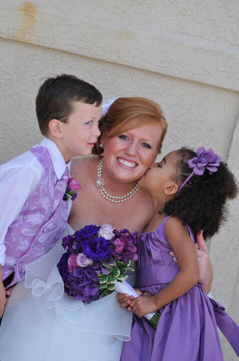 ... girl and ring bearer poses. Wedding photography. Purple wedding: pinterest.com/pin/204491639305659820