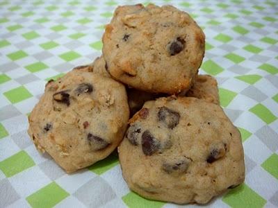Banana Walnut Chocolate Chip Cookies | Cookies | Pinterest