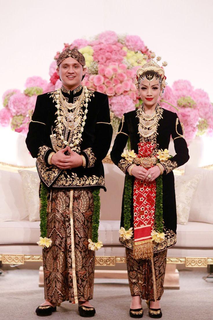 Kebaya Pastel Lembutkan Pernikahan  Weddingkucom