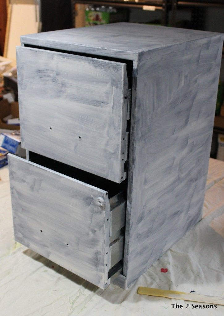file cabinet using oil based primer and latex paint no spray paint. Black Bedroom Furniture Sets. Home Design Ideas