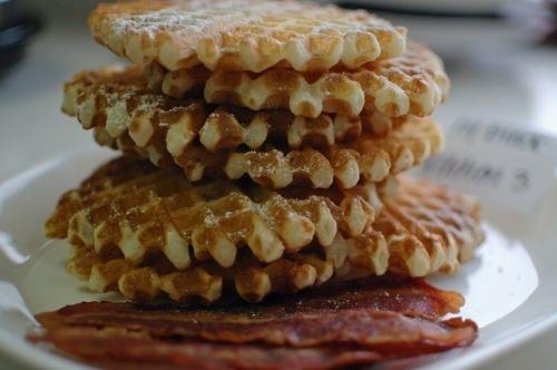 Light and Crispy Waffles | FOOD: Breakfast Stuffs | Pinterest