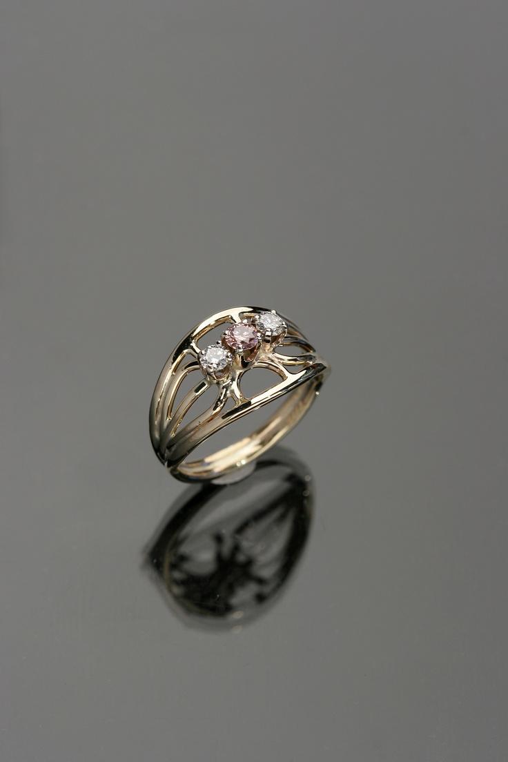 how to buy pink diamond in australia
