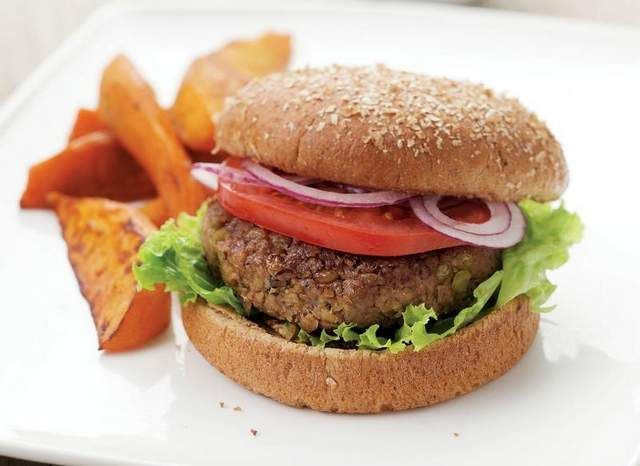 Herbs flavor vegan lentil burgers | Recipes | Pinterest