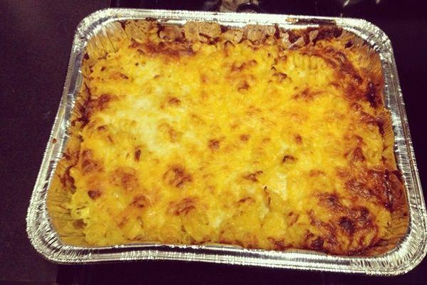 Baked Vegan Mac and Cheese Casserole (dairy-free, optionally gluten ...