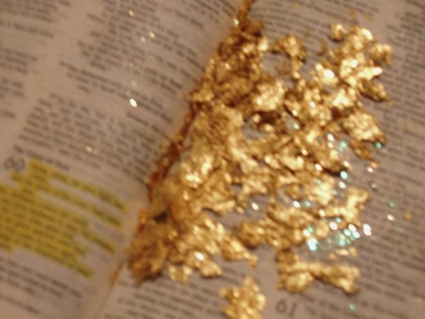 gold dust from heaven appearing in bible glory realm pinterest. Black Bedroom Furniture Sets. Home Design Ideas