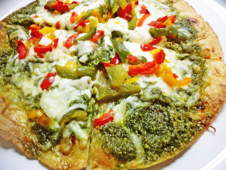 Pesto Veggie tortilla pizza 2 | In the kitchen | Pinterest