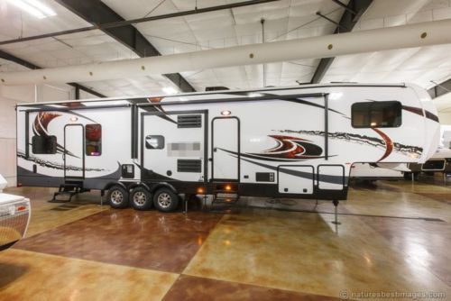 Garages For 5th Wheels : New amp slide luxury th fifth wheel toy hauler