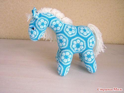 African Flower Pony Crochet Pattern : african flower horse tutorial Knit and crochet Pinterest