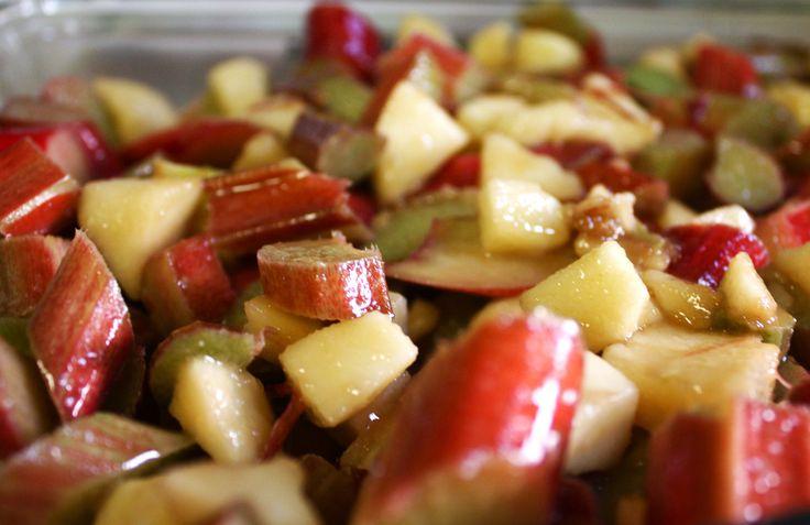 Apple-Rhubarb Crisp | recipes | Pinterest