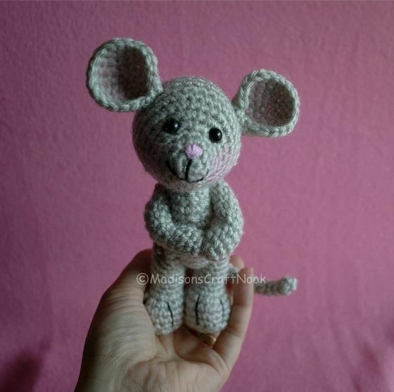 Free Amigurumi Pattern Little Girl Kate : Morris the mouse: free pattern. crochet Pinterest