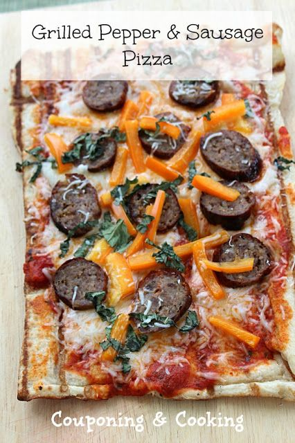 Pepper & Sausage Pizza www.couponingncooking.com #pizza #grilling