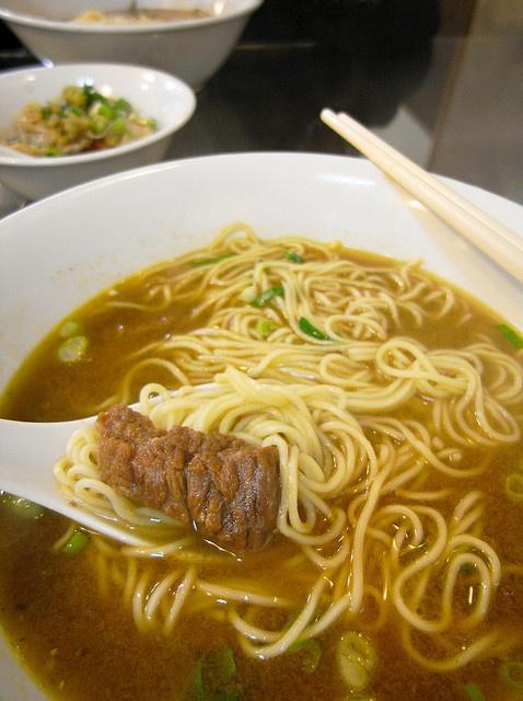 Beef Noodle Soup @ 史記正宗牛肉麵 | taiwanese yummies ...