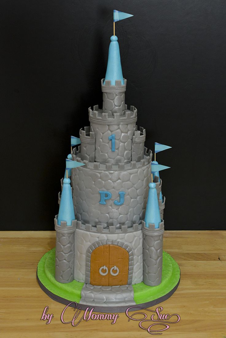 how to make a castle cake for a boy