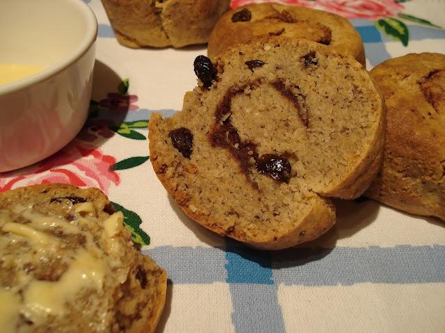 ... Free SCD and Veggie: Cinnamon - Cinnamon and Raisin Bread Rolls GF SCD