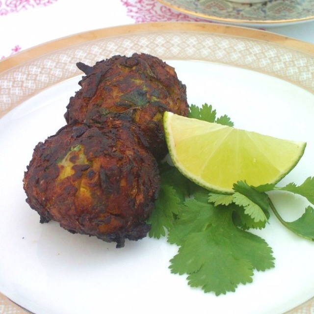Courgette Pakoras Recipe makes about 8 small balls, vegan, gluten-free ...