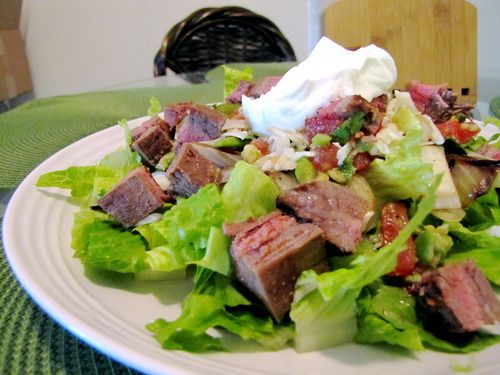 easy guac and homemade chipotle steak salad!