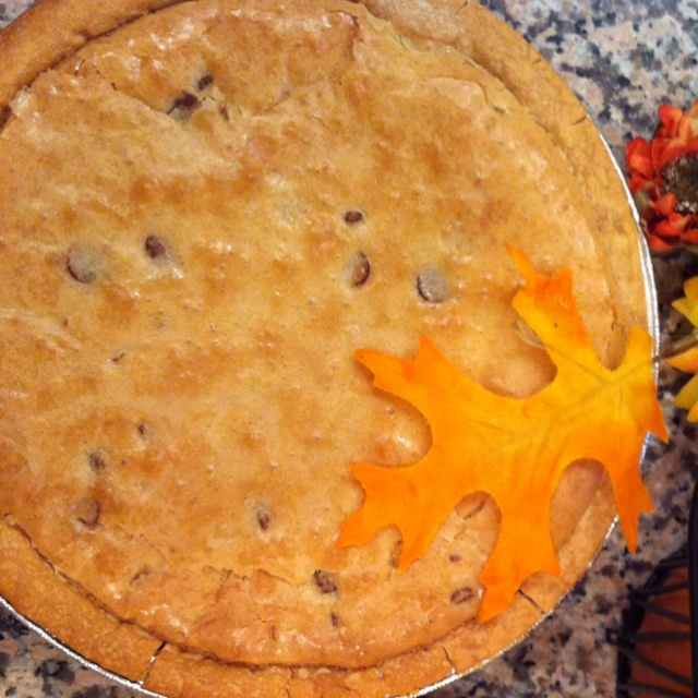 My chocolate chip pie = heavenly! | yummy things | Pinterest