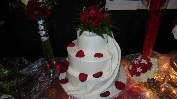 Albertson Wedding Cakes Pin By Albertsons On Happily Ever After Pinterest