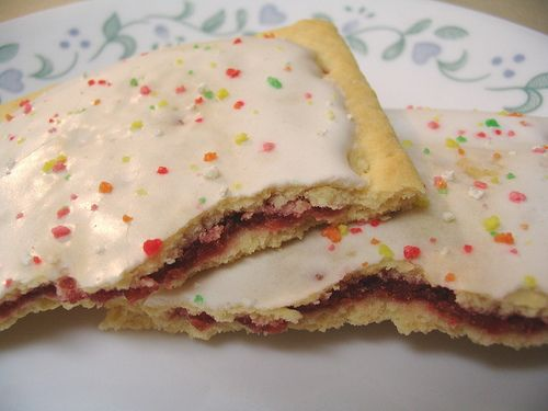 frosted strawberry Pop Tarts | 1990's Kid | Pinterest
