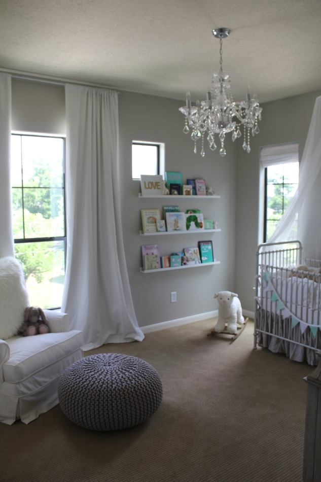 I love this, especially since we're not allowed to paint our walls in our apartment...light and airy nursery