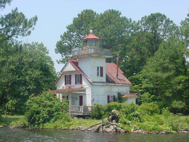 Roanoke river lighthouse north carolina home pinterest for Lighthouse home designs