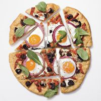 Pizza with Eggs, Roasted Red Peppers, Olives and Arugula. I love pizza ...