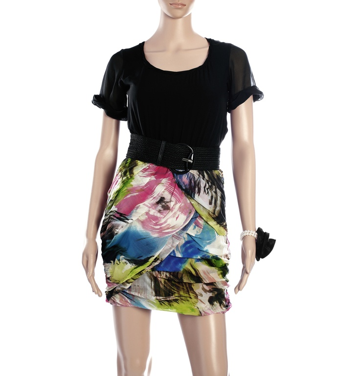 DVF - SS SOLID WRAP PRINT SKIRT DRESS  Bring out your artistic streak with this fitted short colourful abstract print dress. Dress it up with a long pearl necklace and pumps or go cool with long earrings and high boots to match the belt. www.brandsndeals.com