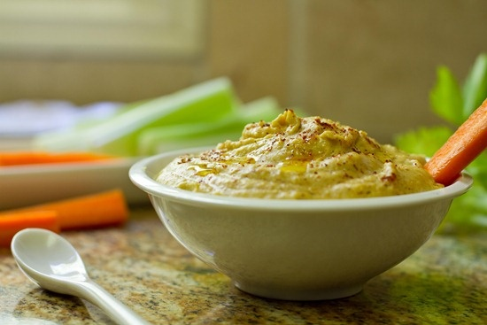 Cheezy Hummus @oh she glows | A Kind Diet / Food | Pinterest