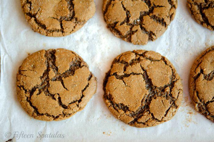 Ginger Molasses Crinkle Cookies by FifteenSpatulas