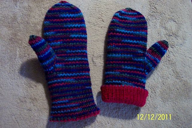 Double Knit Mitten Pattern : Reversible Double-Knit Mittens for the Whole Family pattern by Lorrai?