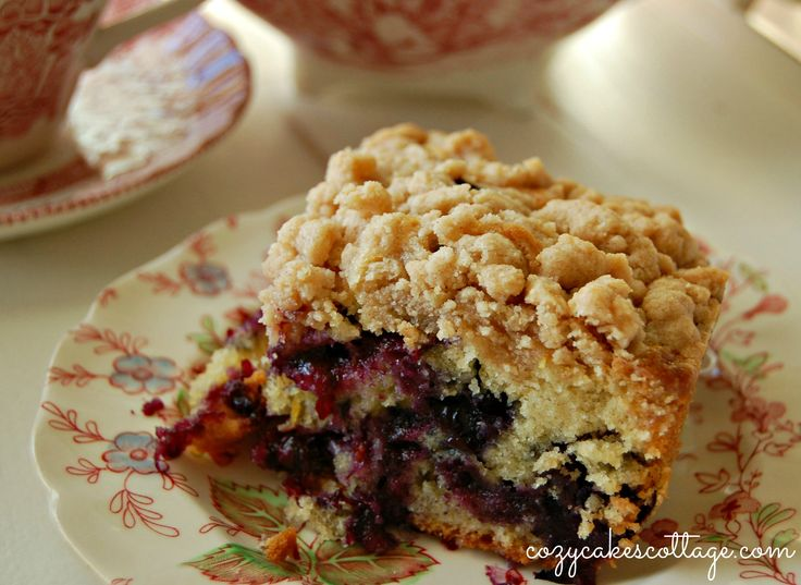 blueberry-crumb-cake-2-labeled.jpg 2,610×1,905 pixels