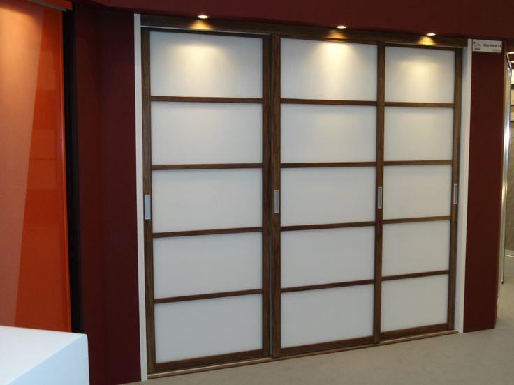 Japanese style sliding bedroom doors decor pinterest for Sliding door styles
