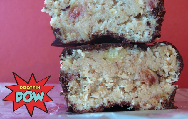Homemade protein bar... Fig and Vanilla (whey, oats, figs, coconut ...