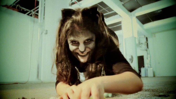 photo Halloween Costume How-to: Cheshire Cat