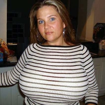 Pin Auf Sexy Big Tits Amateur Women