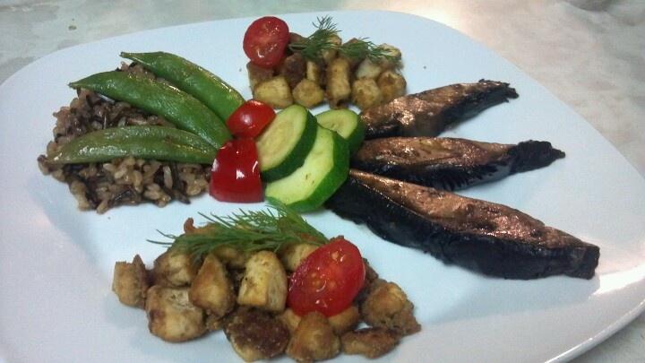 Portabella with seasoned tofu | Food | Pinterest
